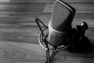 Mikrofon Banner